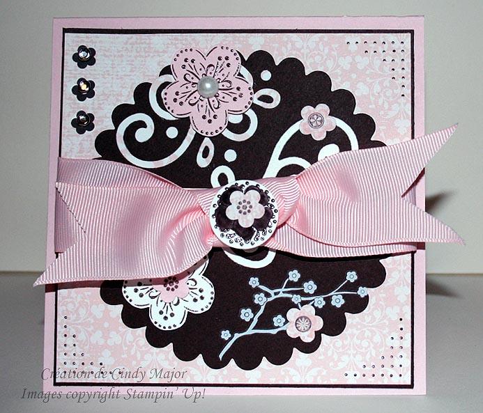 Carte_cercle_festonne_et_fleurs_roses_by_cindy_canada