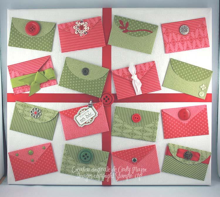 Cadre avec enveloppes-cadeau