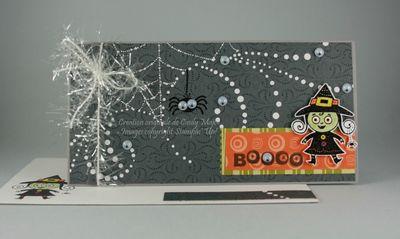 Carte Sorciere et araignee sur fond gris