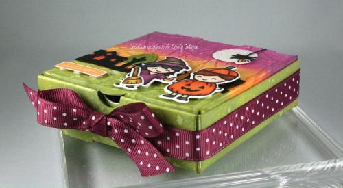 Costume Party_Cute Cobweb_mini pizza box_Cindy Major_side