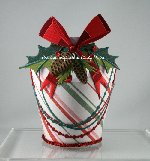 Tim Holtz Dies_Christmas Basket_Cindy Major