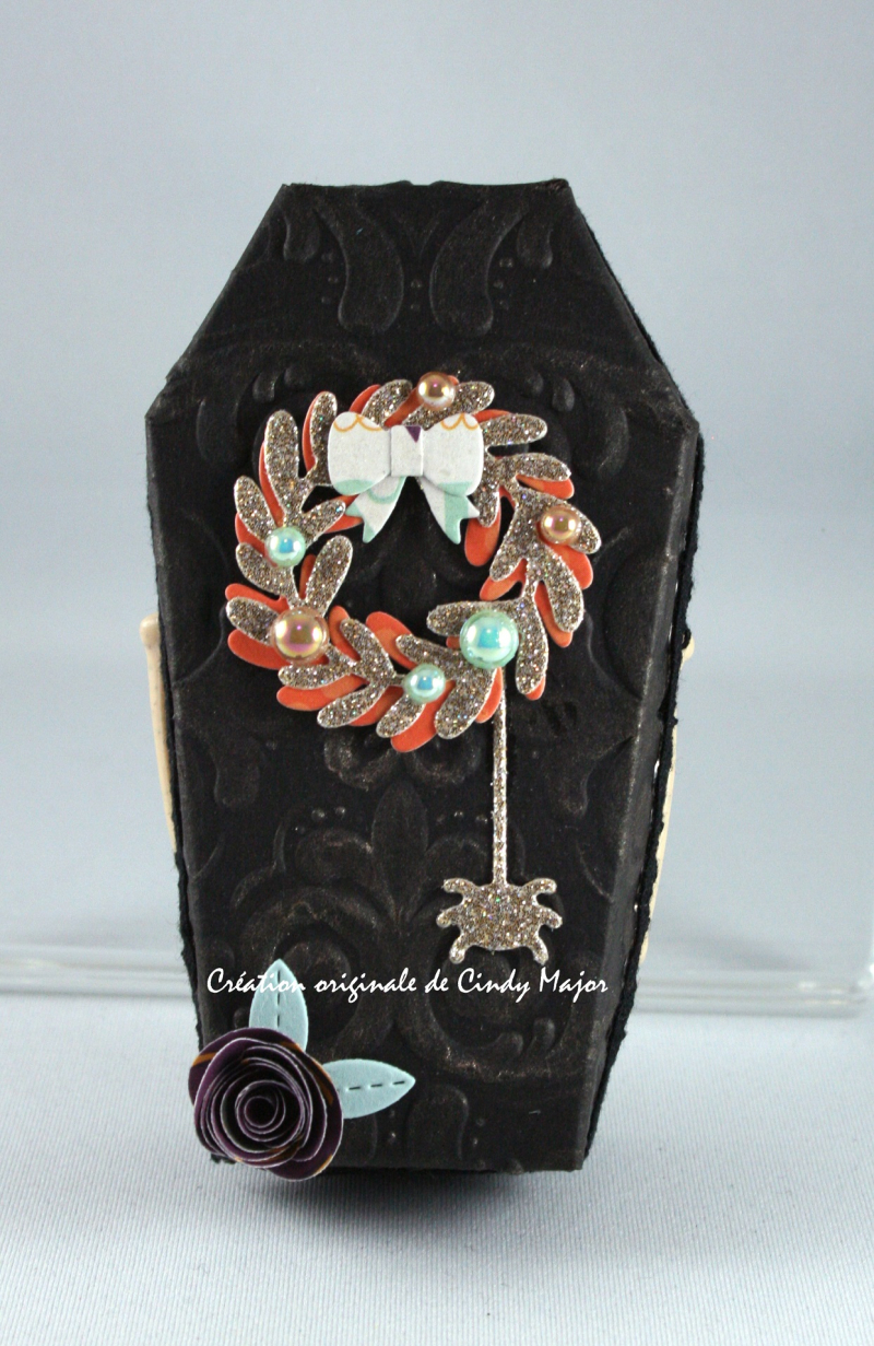 Coffin_Mini Wreath_Rolled Roses_Cindy Major