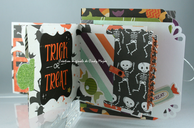 Mini Halloween Town Album_3