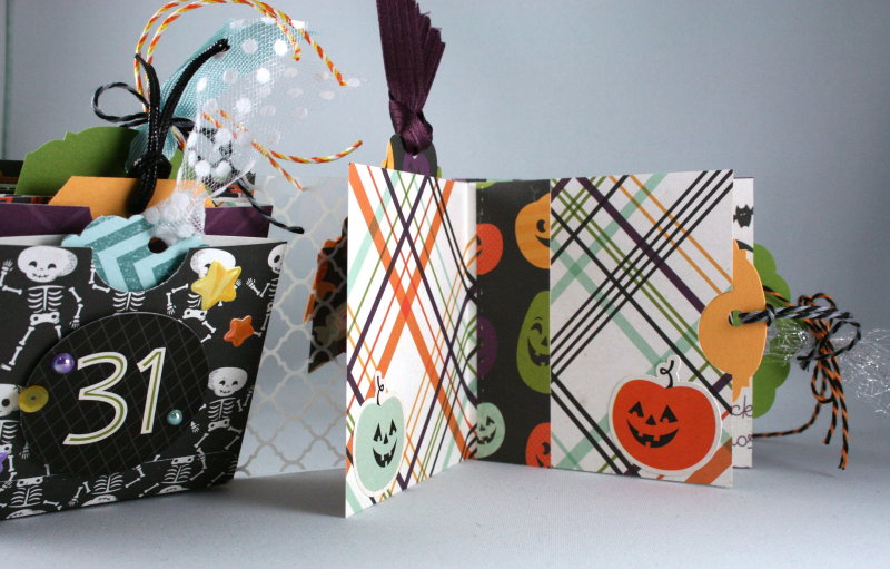 Halloween Town Clear Spine Mini-Album_4